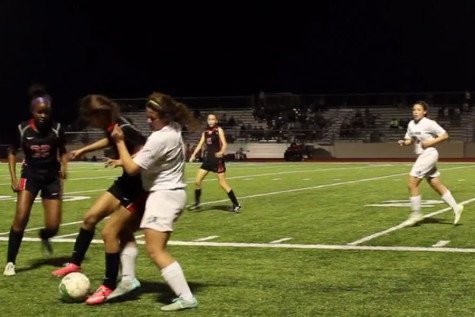 LBTV: Varsity Girls' Soccer Advances to Playoffs