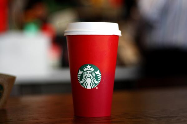 b120eefed02 Opinion: Starbucks Cup Spurs Christmas Controversy – The Rider ...
