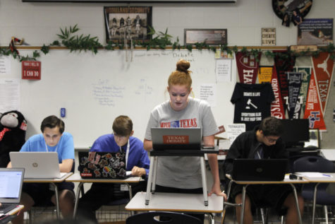 Debate Team Prepares for Season