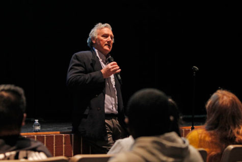 Tim Madigan Talks To Juniors