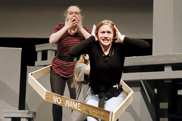 Hannah Reetz, 10 and Tara Cyganowski, 10, rehearse the upcoming show