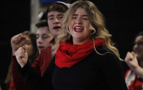 Sarah Weissend, 12 performs during Show Choirs Holiday Tour.