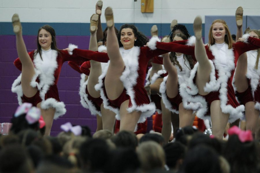 Photo of The Day: Christine Holley, 12, performs at Alice Ponder Elementary school, for the Silver Spurs annual Holiday Tour. (Delayne Fierro Photo)