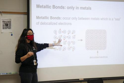 Ms. Savannah Stanley instructs her second-period chemistry class about various types of chemical bonds. Ms. Stanley, in her second year of teaching at Legacy, teaches Pre-AP and AP classes. (Avery Florence Photo)